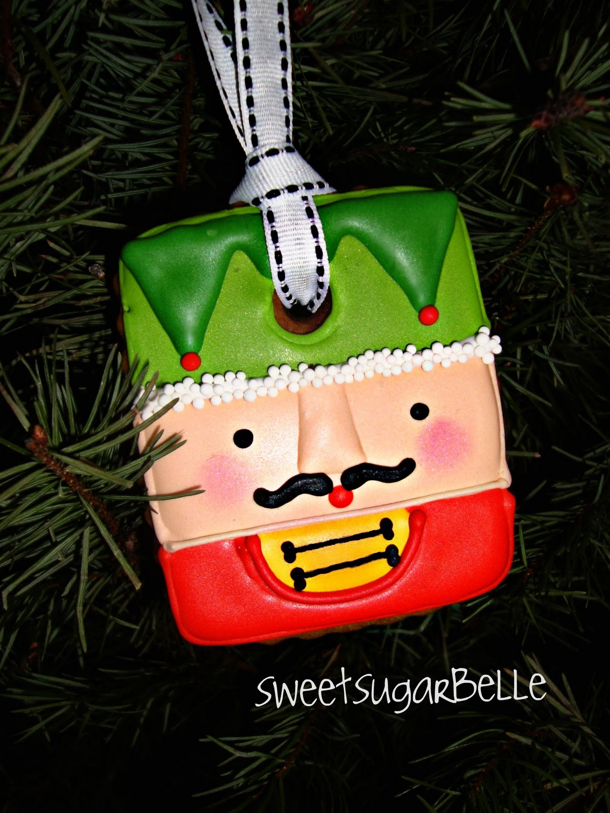 Cookie Ornament Howto {part2}